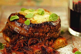José Pizarro's Fillet steak on toast with onions and melted cheese