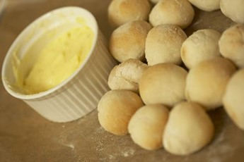 Lawrence Dallaglio's doughballs recipe