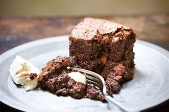 Flourless chocolate and hazelnut cake recipe