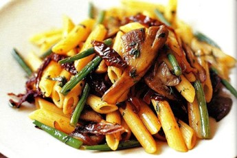 penne fried stir fried penne pasta mushrooms and fried eggs stir fry ...