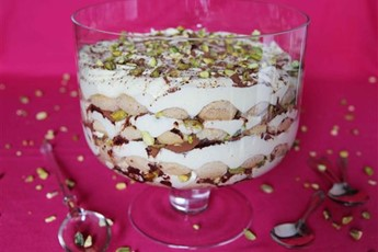 Chai tiramisu with vanilla and rum recipe - Mauritian cuisine 100 easy recipes ...